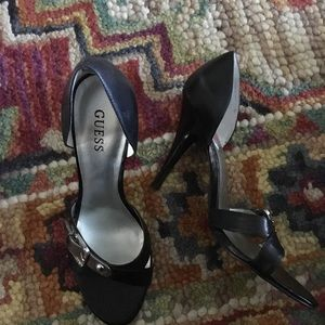 Guess high heel shoes 7.5